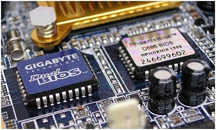 Микрочип BIOS на материнской плате